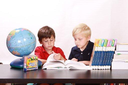 Comment bien choisir le bureau pour son enfant?